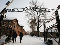 העבודה משחררת פולין נאצים אושוויץ / צלם: רויטרס